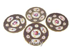 8 George Jones for Tiffany & Co. Scallop Rimmed Dinner Plates, circa 1900 Signed