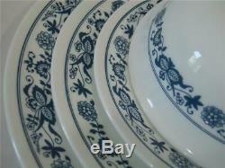 NEW 16-pc Corelle OLD TOWN BLUE DINNERWARE SET Dinner Lunch PLATES 18-oz BOWLS
