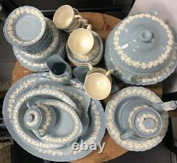NEW, 68 Pieces Set, WEDGWOOD & BARLASTON OF ETRURIA Made In England Queens Ware