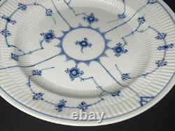 Royal Copenhagen 175 BLUE FLUTED PLAIN Lace 9 7/8 Deep Dinner Plate