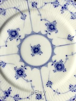 Royal Copenhagen BLUE FLUTED HALF LACE Plate #1/578 First Quality