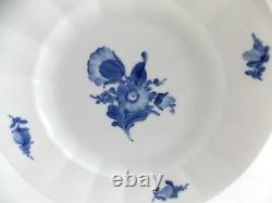 Royal Copenhagen Blue Flowers Ribbed Dinner Plate 10 1/8 Blue Flowers White