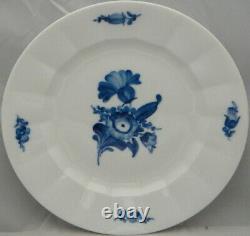 Royal Copenhagen Blue-Flowers (Smooth) Dinner Plate (Imperfect) (8549)