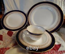 Royal Worcester Regency Blue/White Dinner Plates