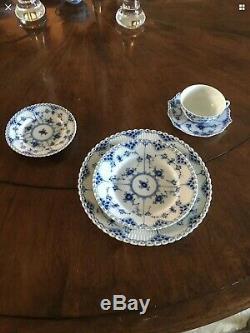 Royal copenhagen blue fluted Full Lace Dinner Plate 1st Quality