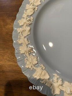 Set Of 2 Wedgwood Queensware Cream On Lavender Shell Edge 10 Dinner Plate EC