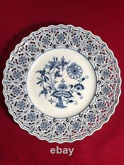 Vintage Antique 10 Inch Meissen Blue Onion Pattern Reticulated Plate