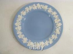 Vtg WEDGWOOD Embossed Queensware PLAIN Rim CREAM on LAVENDER 4 Lg Dinner Plates