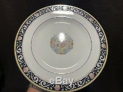 Wedgwood Runnymede W4472 Dark Blue 70 Pc 14 Place Settings Dinner Salad Plate